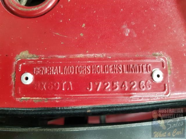 holden commodore 718952 048