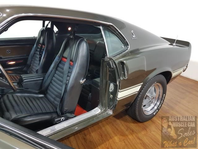 ford mustang 672890 022