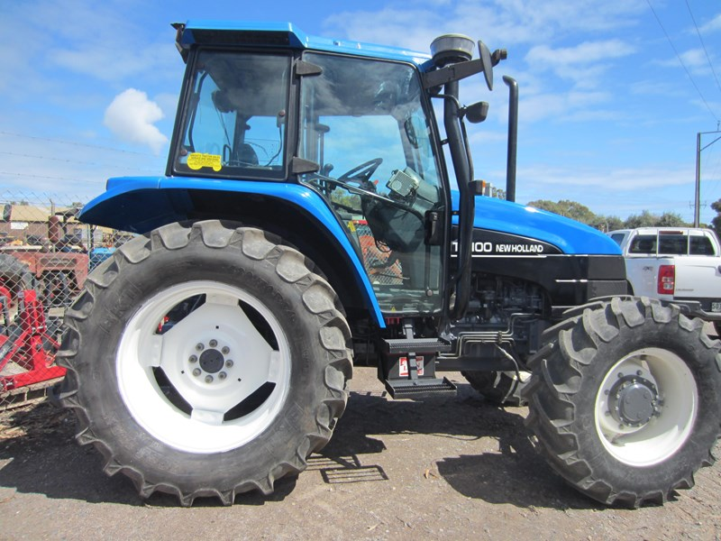 new holland ts100 tractor 706302 005