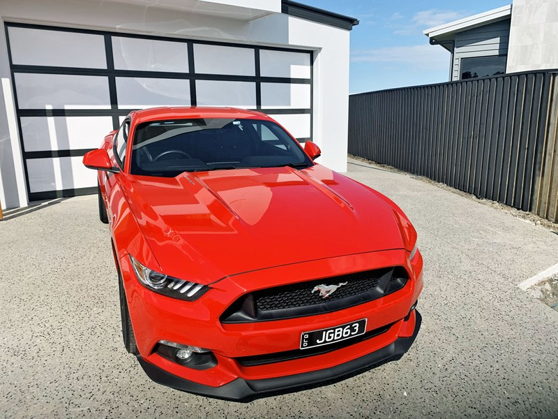 ford mustang gt 739234 001