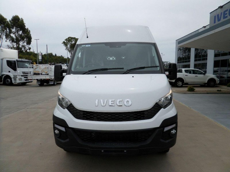 iveco daily 660986 002