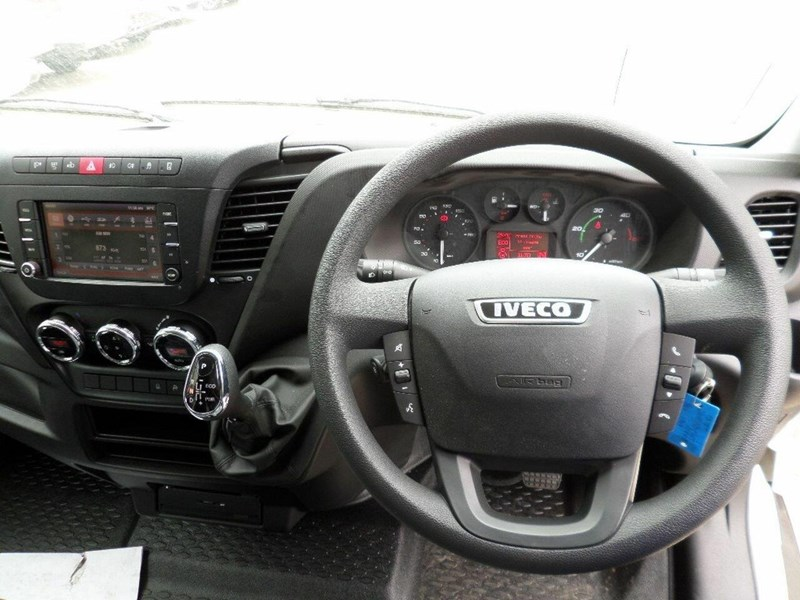 iveco daily 660986 011