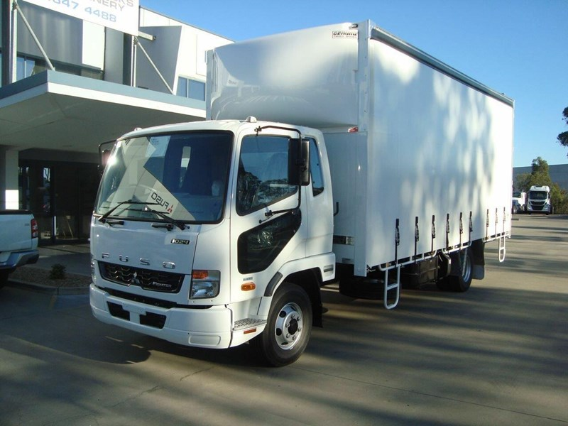 fuso fighter 644889 001