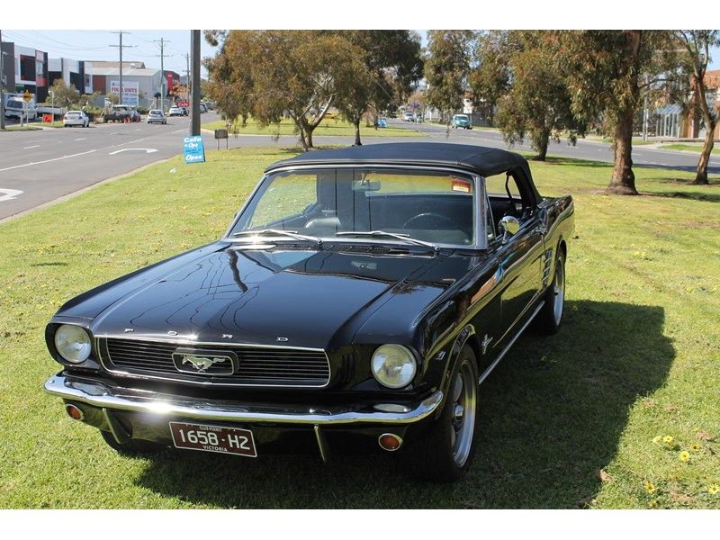 ford mustang 740726 002