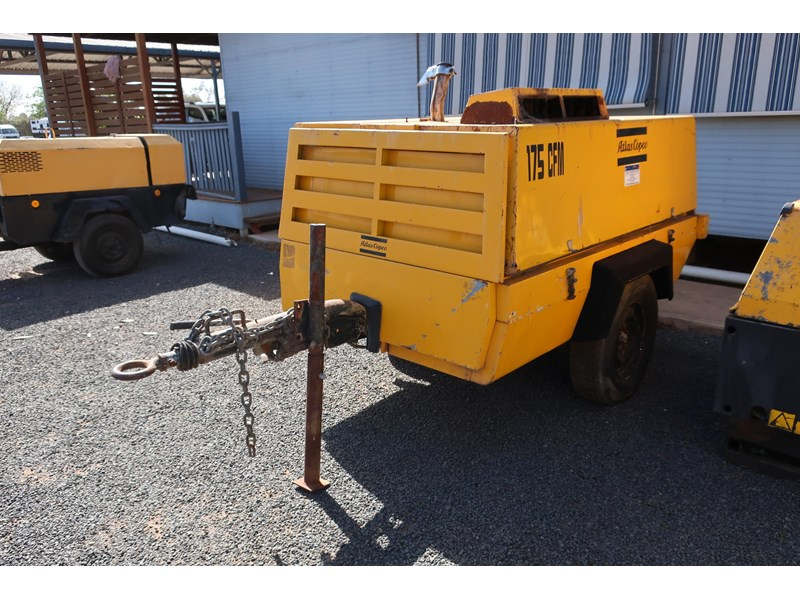 atlas copco xas85 trailer mounted compressor 686227 002