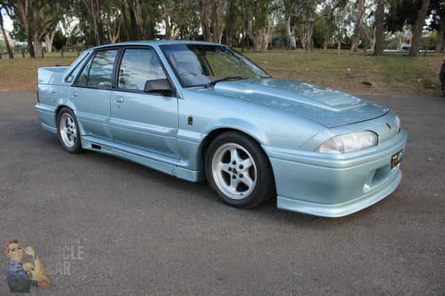 hsv commodore 743651 001