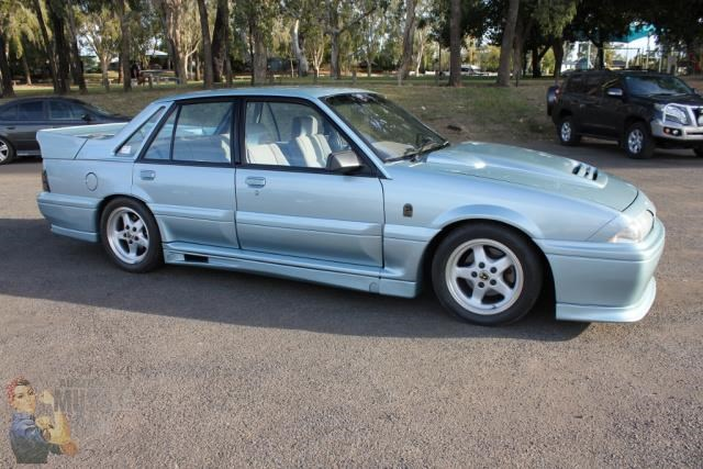 hsv commodore 743651 007