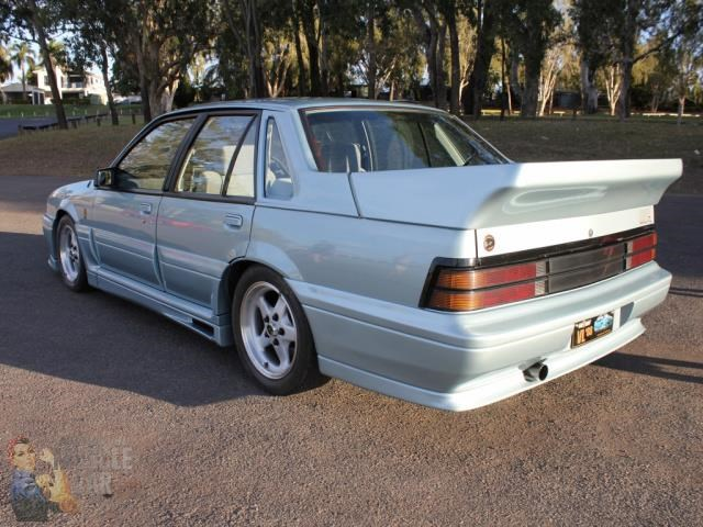hsv commodore 743651 012