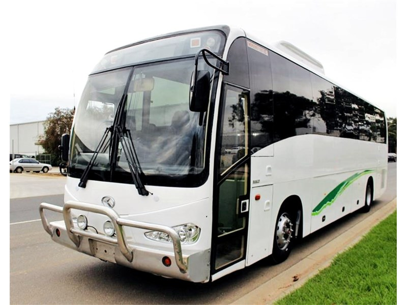 iveco king long delta bus 744592 001