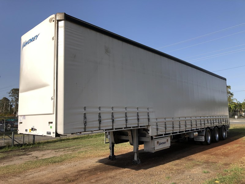 vawdrey 45ft tri-axle drop deck tautliner mezz floors 744806 005