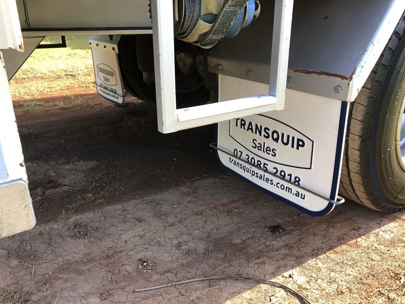 vawdrey 45ft tri-axle drop deck tautliner mezz floors 744806 013