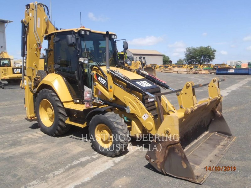 caterpillar 432f2lrc 745018 007