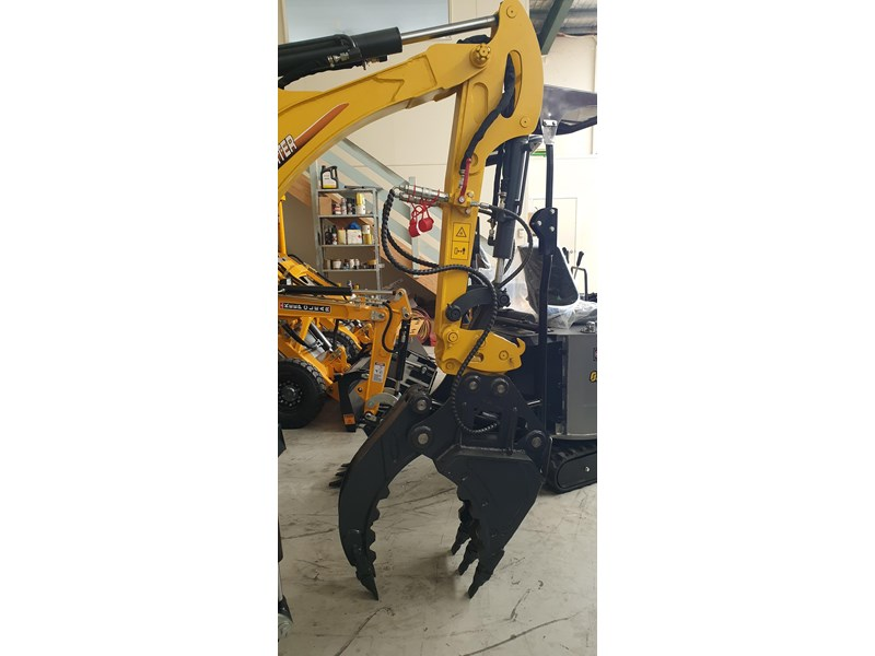 carter zero swing mini excavator 746874 002