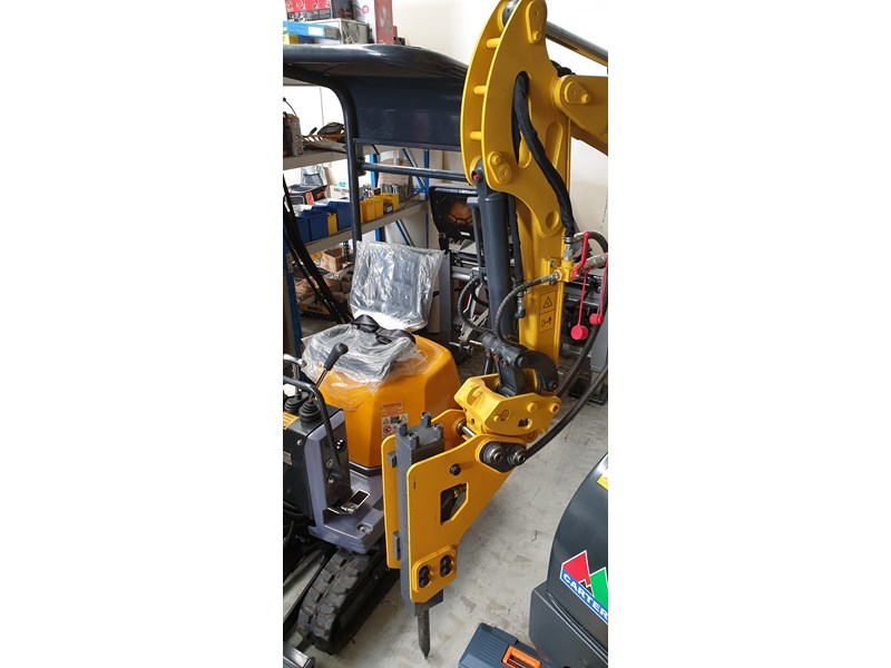 carter zero swing mini excavator 746874 008