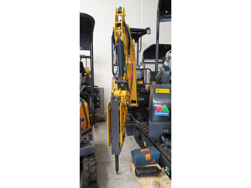 carter zero swing mini excavator 746874 009