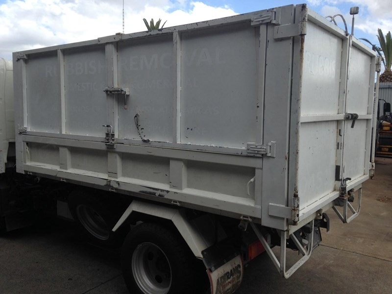 tipper body for sale hino 300 tipper 746964 001