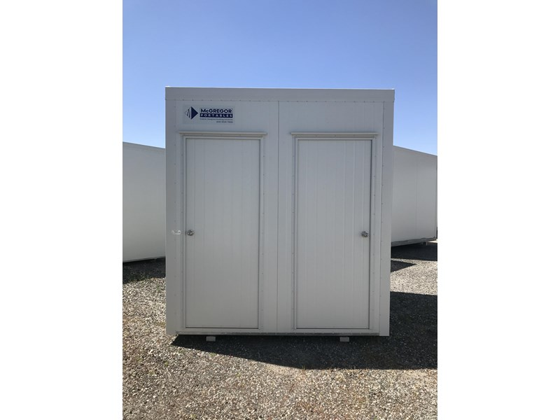 mcgregor 2.4m x 2.4m unisex twin toilet 747772 001