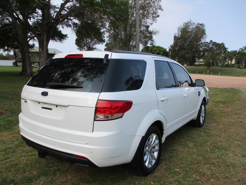 ford territory 748085 009