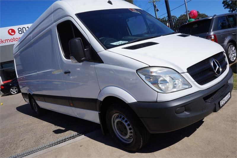 mercedes-benz sprinter 748808 007