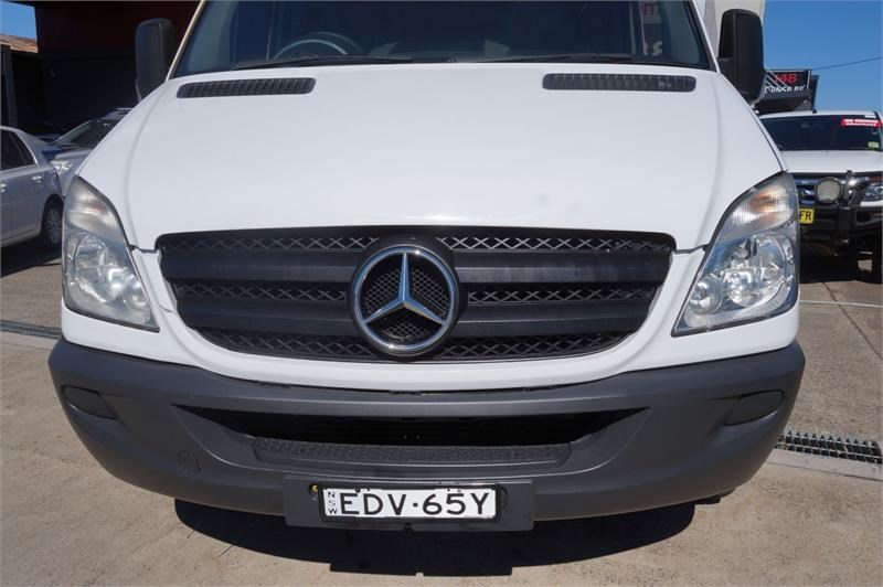 mercedes-benz sprinter 748808 010
