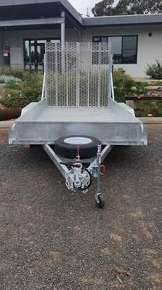 custom trik trailer 749308 005