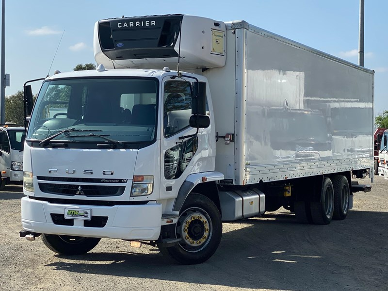 fuso fighter 2427 745988 001