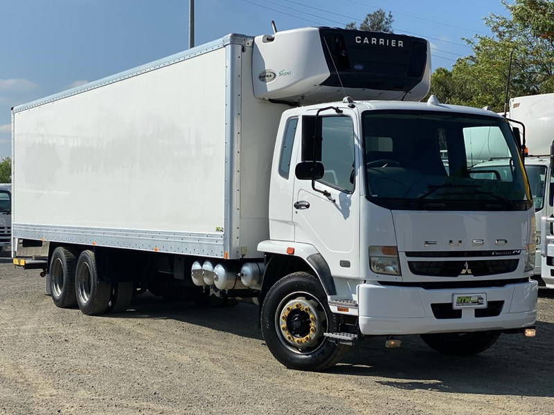 fuso fighter 2427 745988 002