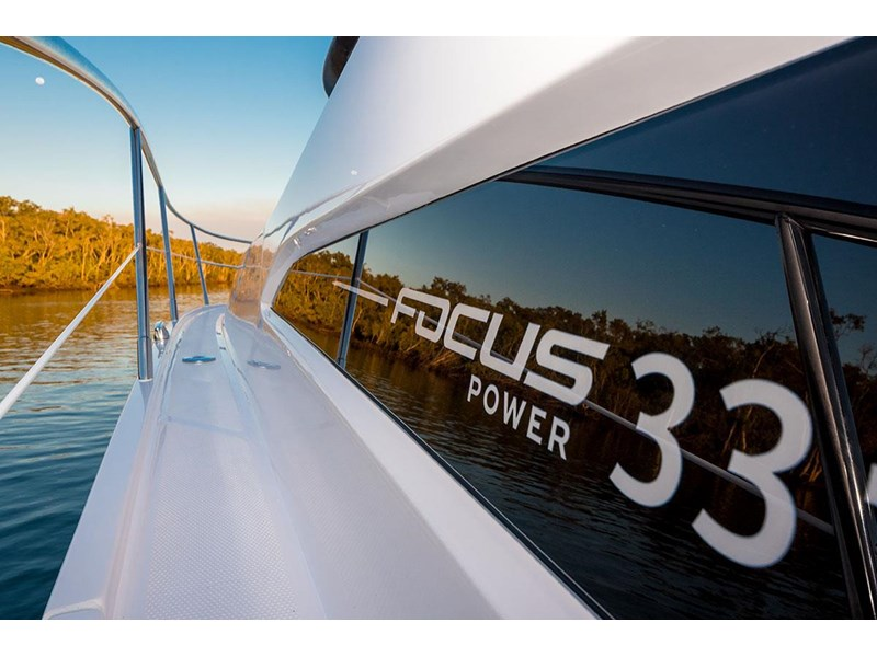 focus motor yachts focus 33 sports 750817 002