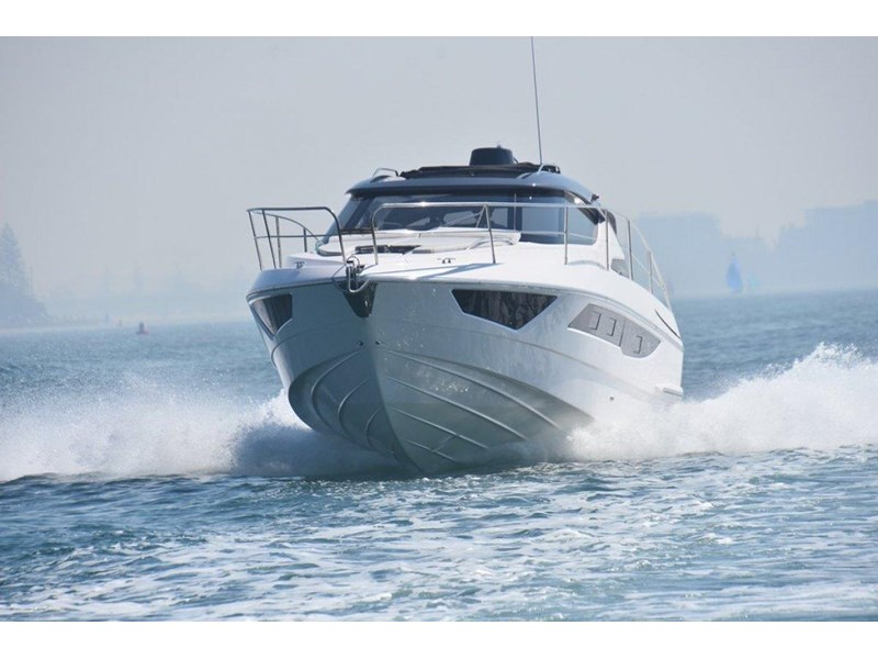 focus motor yachts focus 33 sports 750817 004