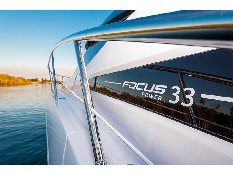 focus motor yachts focus 33 sports 750817 018