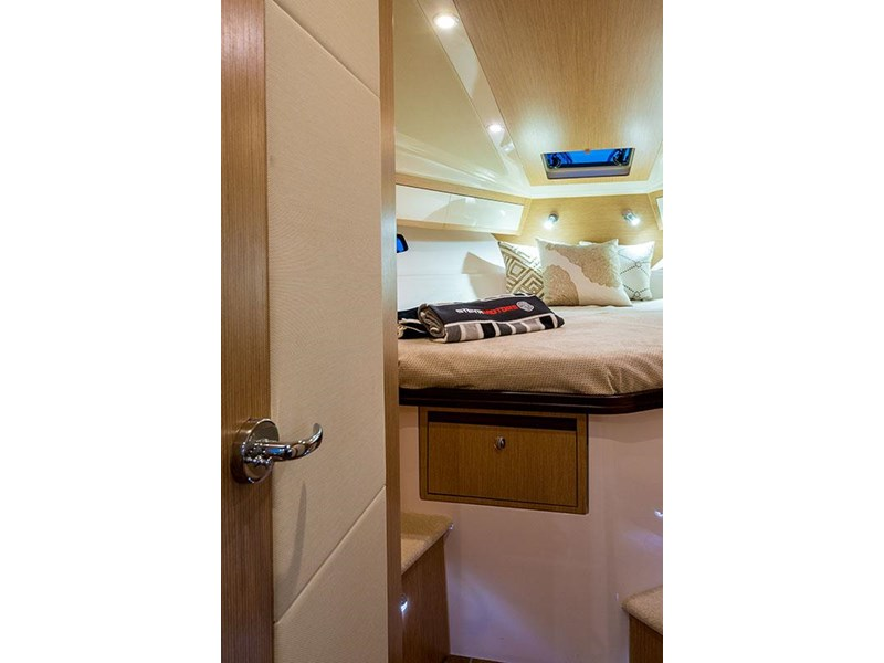 focus motor yachts focus 33 sports 750817 020