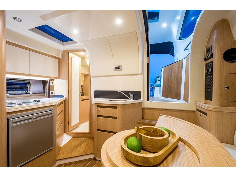 focus motor yachts focus 33 sports 750817 028