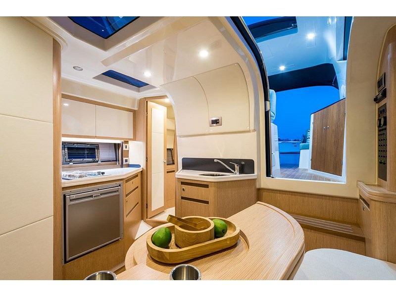 focus motor yachts focus 33 sports 750817 029