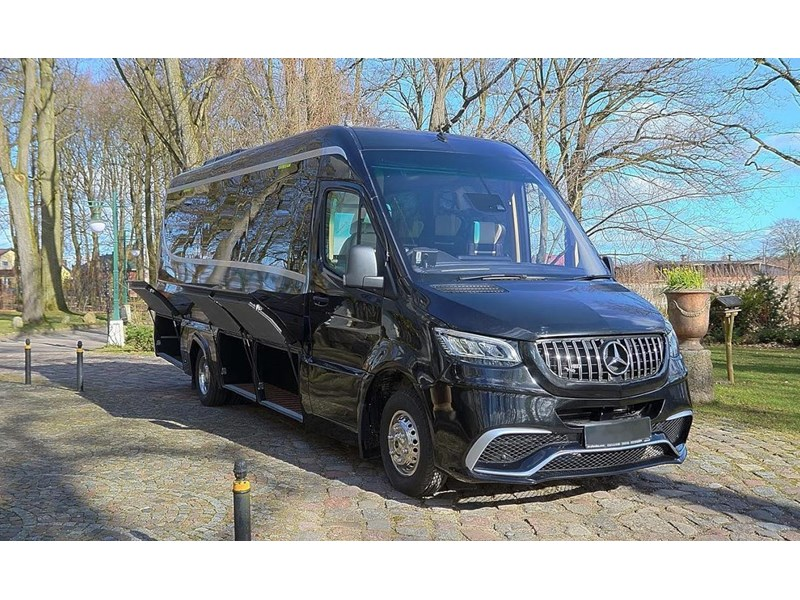 mercedes-benz sprinter 748052 015
