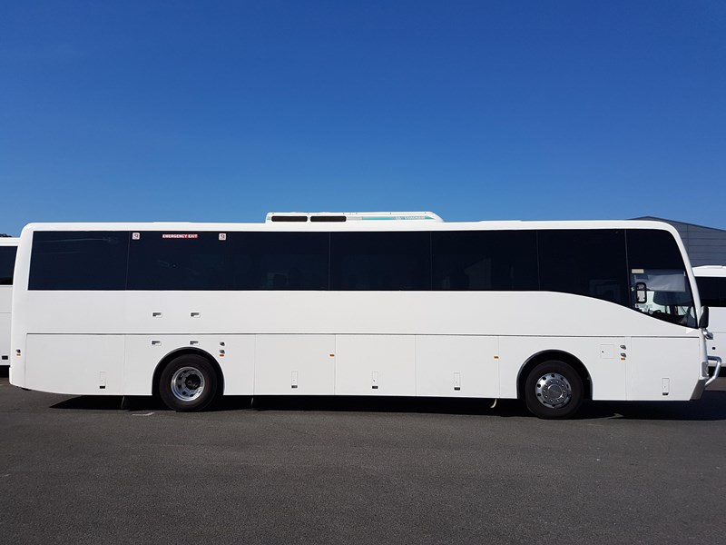 scania k94b coach design body 704870 001