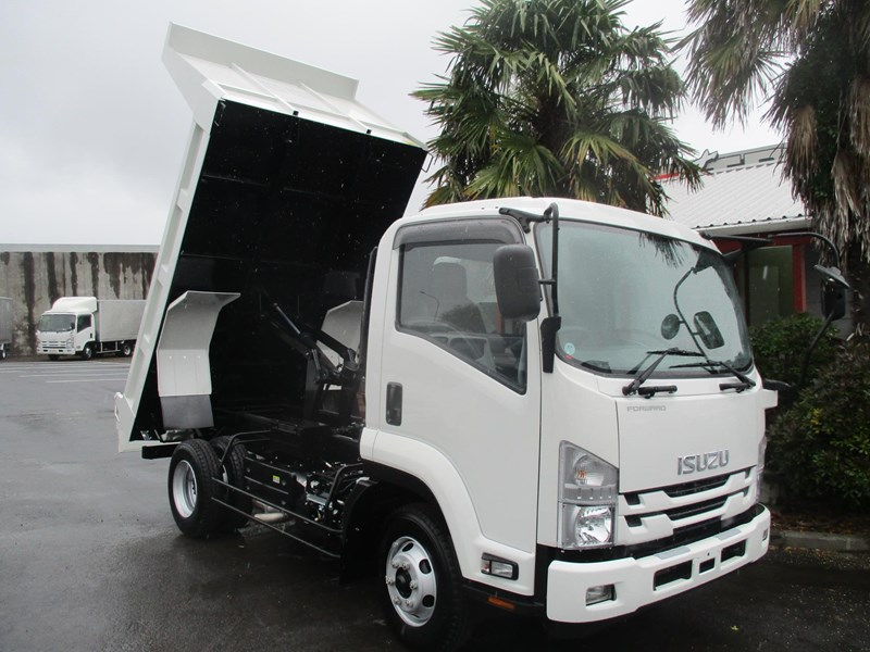 isuzu forward 751888 001