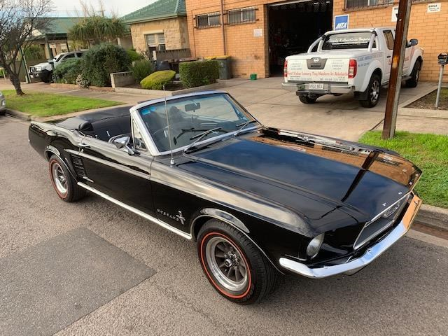 ford mustang 723464 003