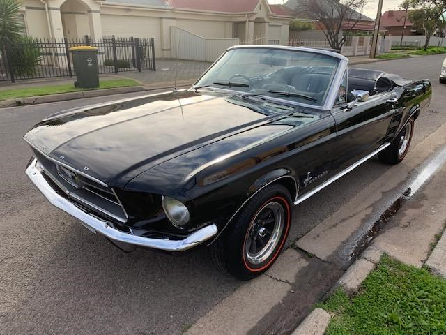 ford mustang 723464 008
