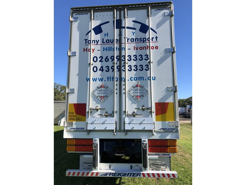 maxitrans b double refrigerated curtainsider 709533 003