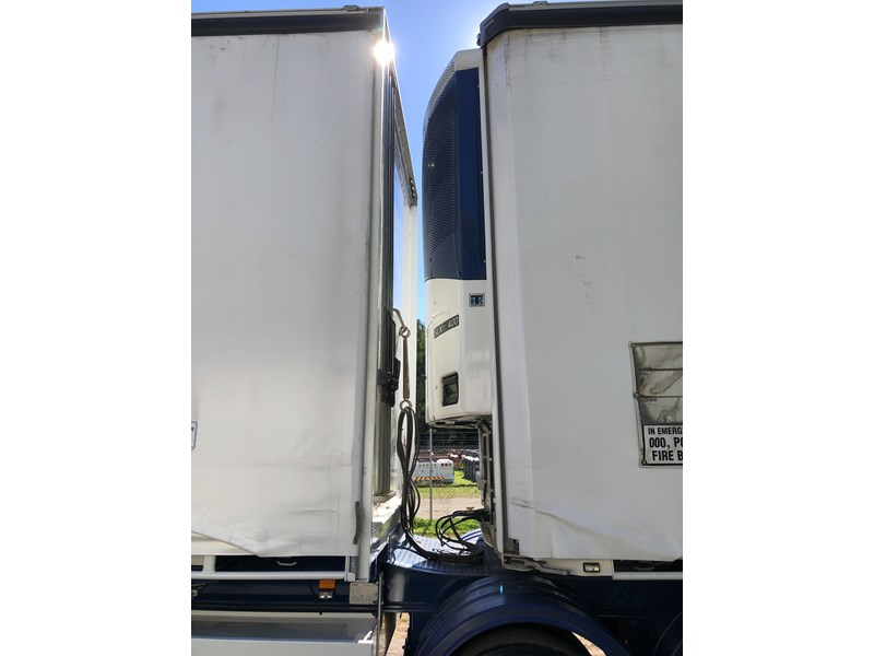 maxitrans b double refrigerated curtainsider 709533 020