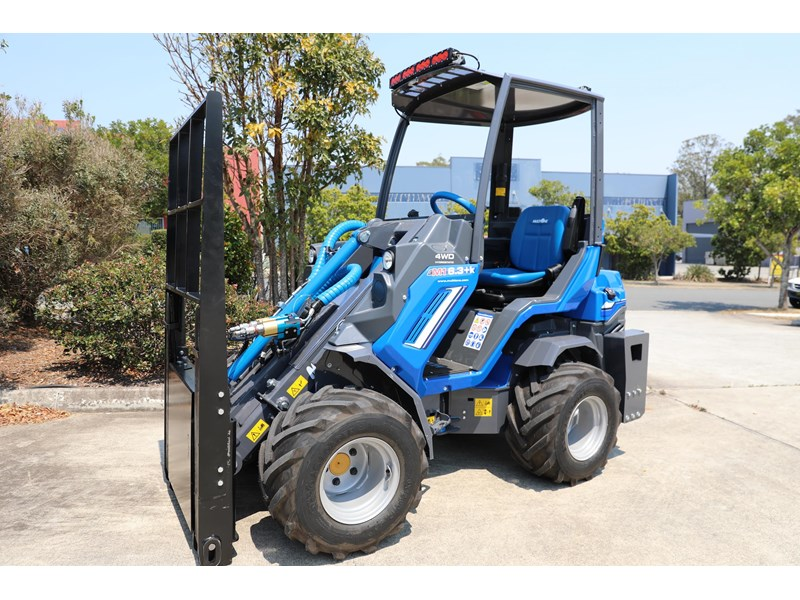 multione 6.3+ bee loader with side shift forks 583153 002