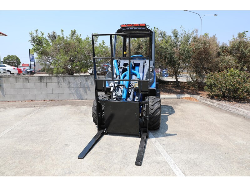 multione 6.3+ bee loader with side shift forks 583153 017
