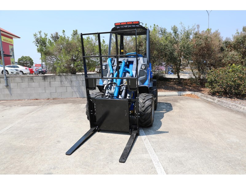 multione 6.3+ bee loader with side shift forks 583153 018