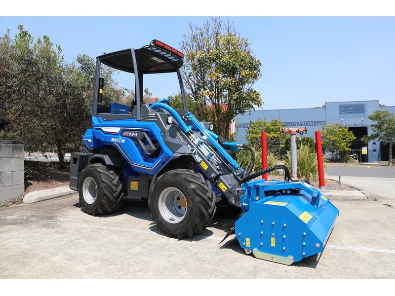 multione 6.3+ bee loader with side shift forks 583153 030
