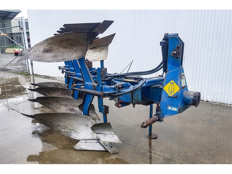 overum cv498h 4 furrow reversible plough 747509 002