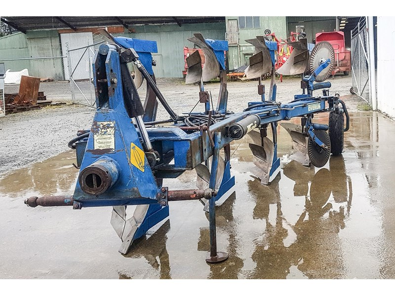 overum cv498h 4 furrow reversible plough 747509 004
