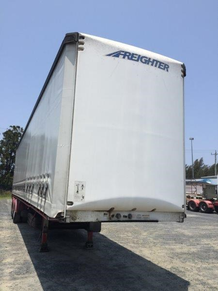 maxitrans curtainsider 764689 001