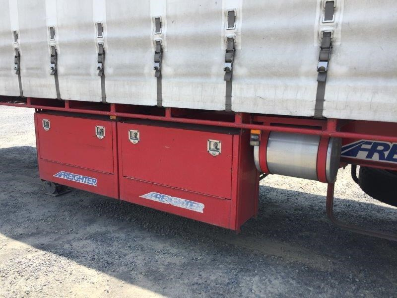 maxitrans curtainsider 764689 007