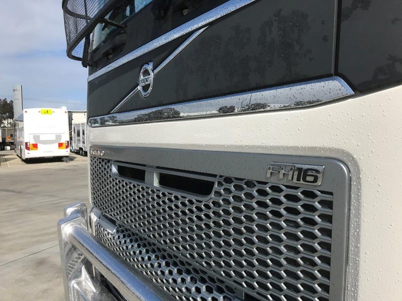 volvo fh globetrotter 737862 013