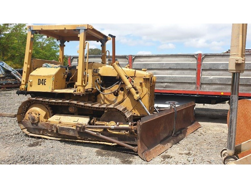 caterpillar d4e bulldozer 766024 001